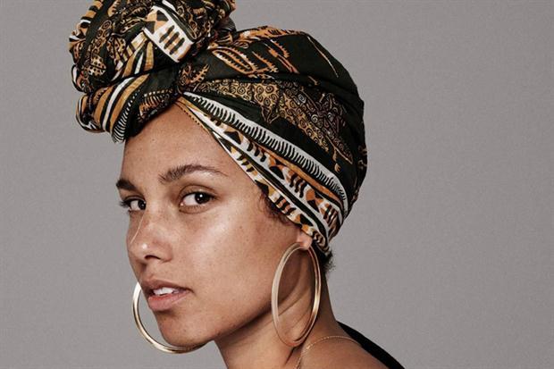 BELLEZA  | Alicia Keys se despoja del maquillaje